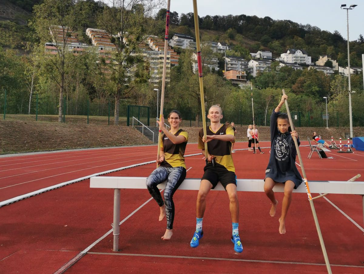 Read more about the article Stabhochspringer*innen stabil in der Late-Season